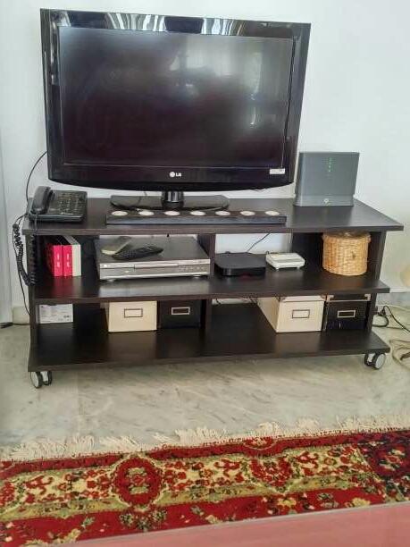 Imagen mesa de tv y dvd