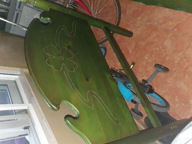 Imagen cabezal madera verde