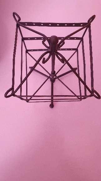 Imagen producto Untesilio para colgar pendientes y collares 2