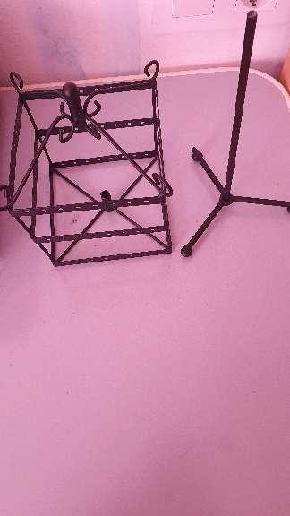 Imagen producto Untesilio para colgar pendientes y collares 4