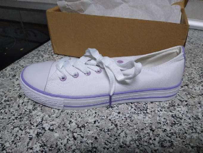 Imagen producto Zapatillas Tenis Blancos nuevos mujer 4