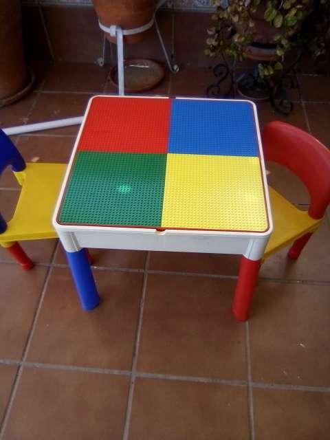 Imagen Mesa y sillas infantiles