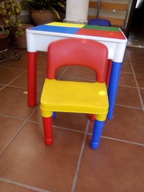 Imagen producto Mesa y sillas infantiles  2