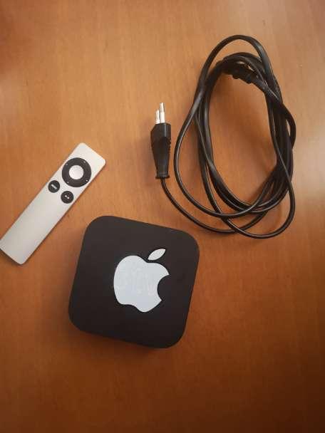 Imagen Apple TV 3 y su control remoto