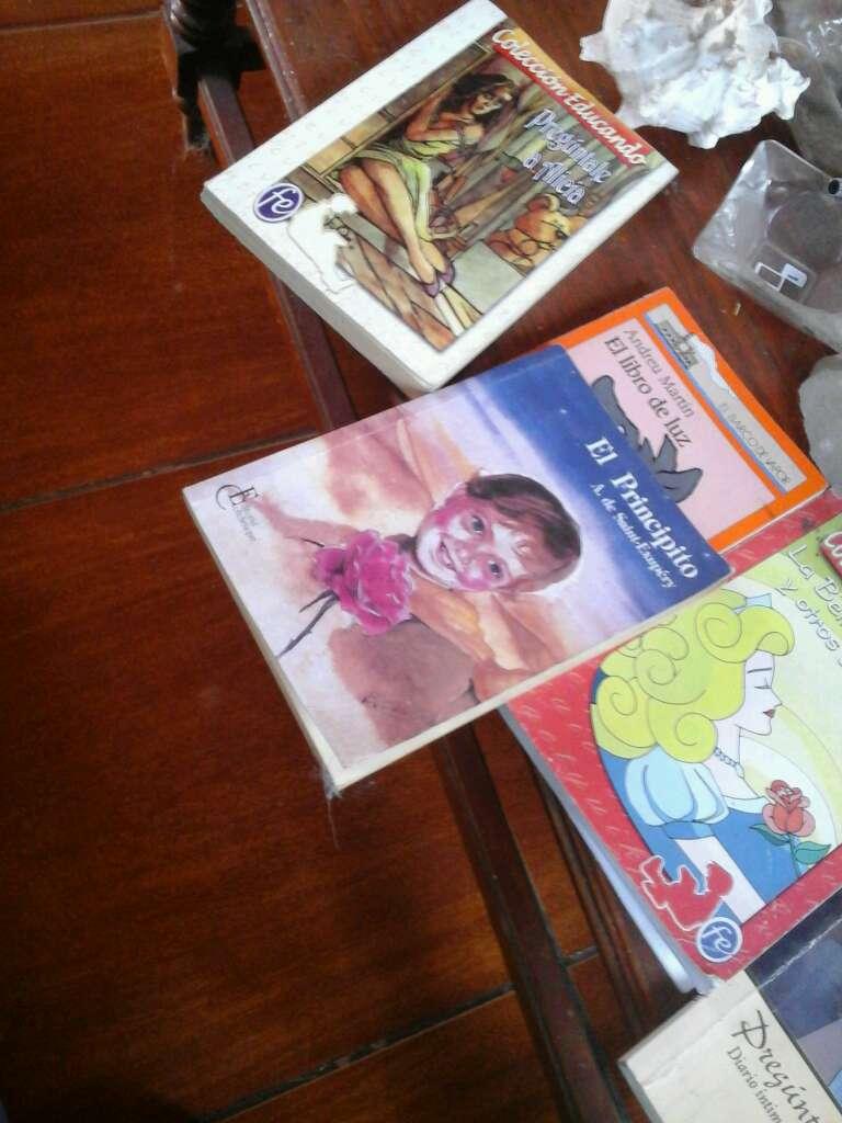 Imagen vendo libros para lectura