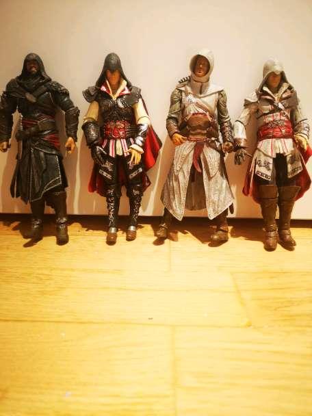 Imagen producto Muñecos de Asassin's Creed (Colection)  3
