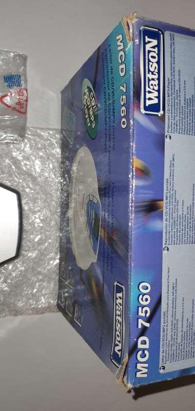 Imagen producto Reproductor CD Portátil, Discman Nuevo Con Mando 2