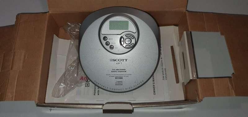 Imagen producto Reproductor CD Portátil, Discman En Buen Estado 3