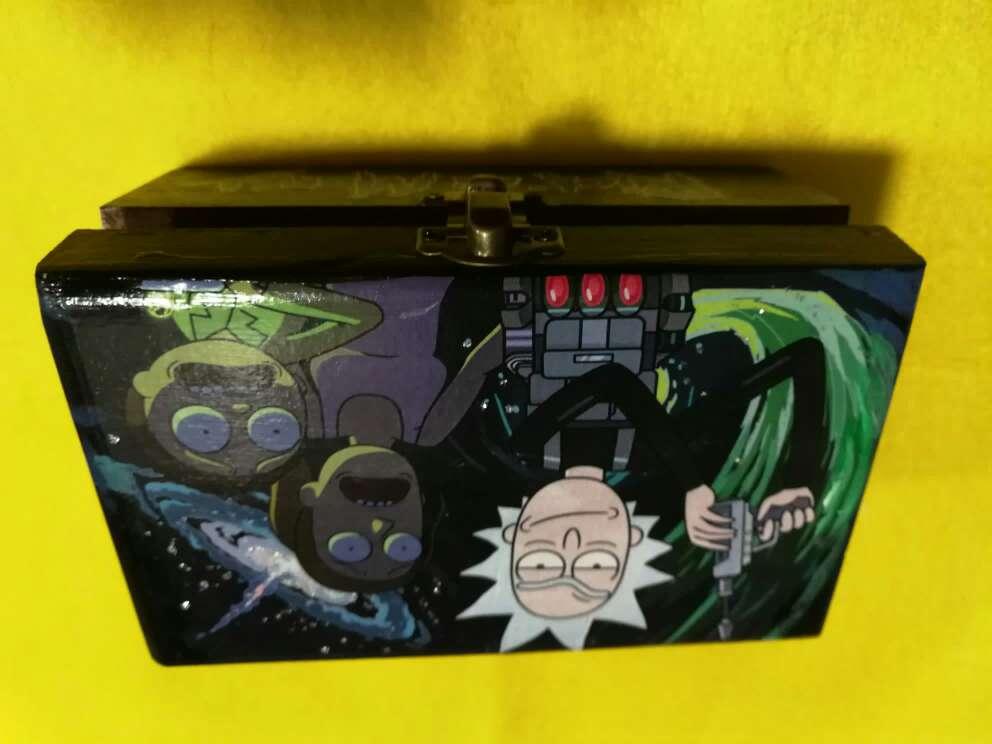 Imagen producto Rick&Morty Box  2