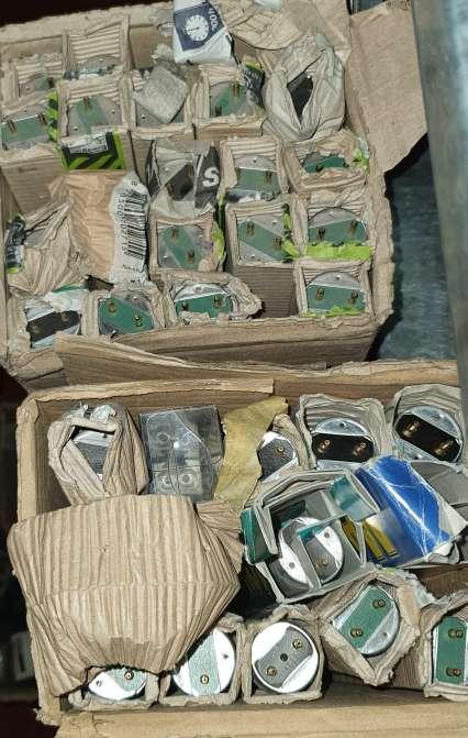 Imagen producto Súper Lote de 98 Flexos Fluorescentes Distintos 2