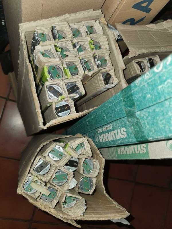 Imagen producto Súper Lote de 98 Flexos Fluorescentes Distintos 3