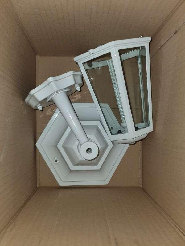 Imagen producto Farolillo Blanco De Fachada, Conforama Sin Caja 2
