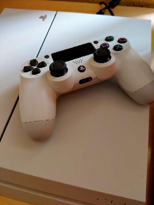Imagen PS4 más mando