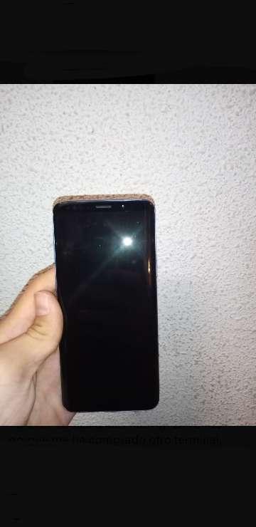 Imagen producto Samsung Galaxy S9 con caja+2 auriculares samsung+cargador 2