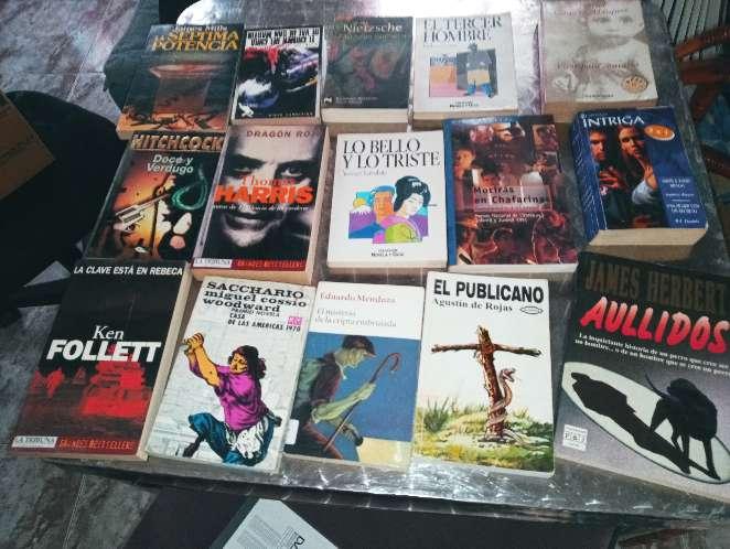 Imagen producto Vendo libros muchos unos a 0,50y otros a 1 euro 2