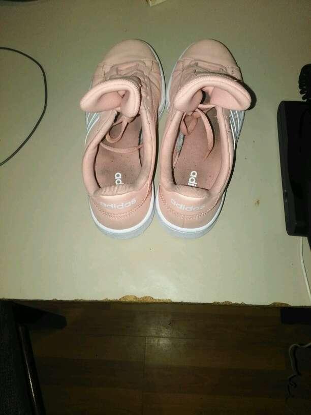 Imagen zapatillas Adidas mujer