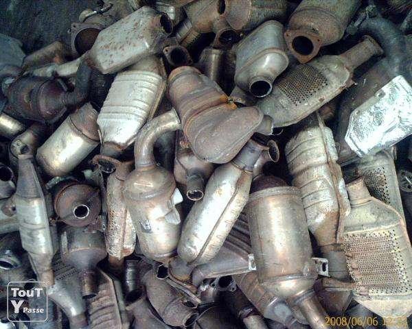 Imagen Compramos catalizadores usados