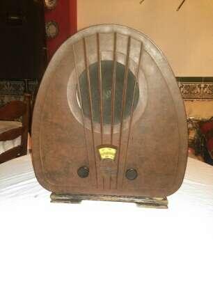 Imagen Antigua radio de capilla