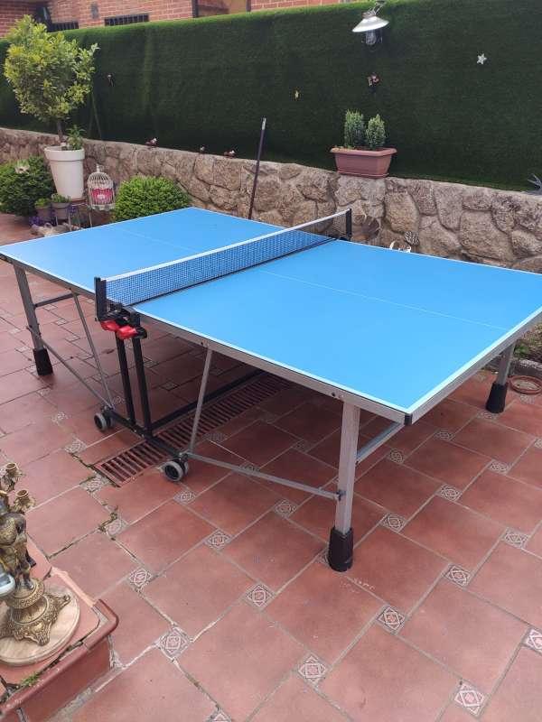 Imagen Vendo mesa pin pong prácticamente nueva.