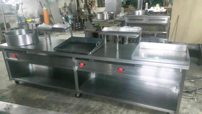 Imagen producto Equipo mobiliario para cocinas industriales 4
