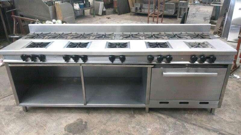 Imagen producto Equipo mobiliario para cocinas industriales 3