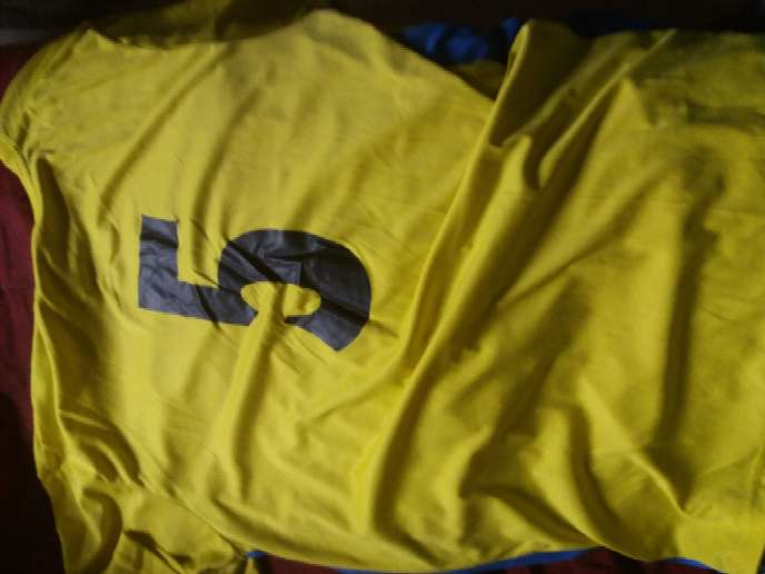 Imagen producto Camisetas en buen estado 6