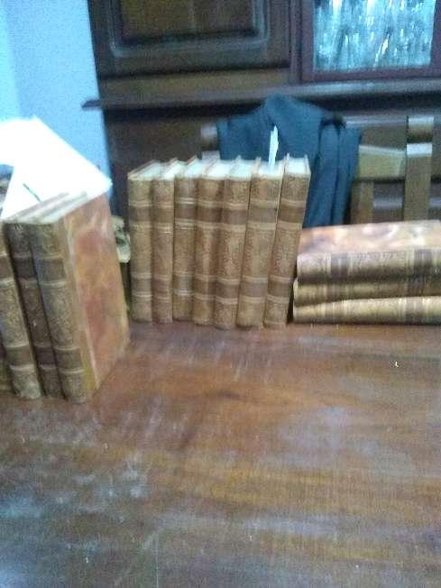 Imagen producto 25 libros, reliquias, en frances, año 1930. Rosario 2