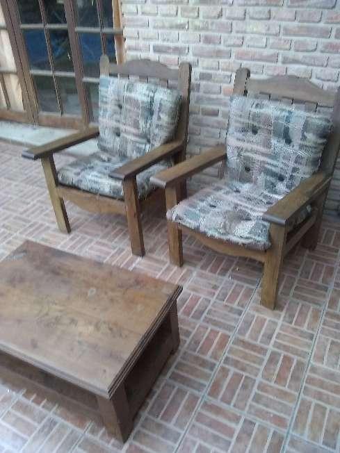 Imagen sillones con mesa algarrobo