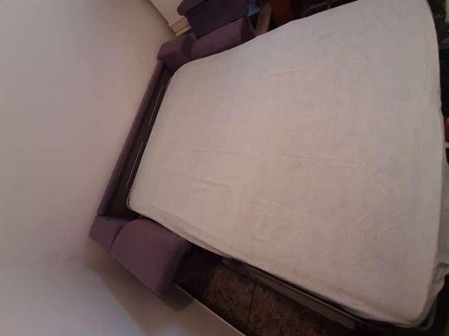 Imagen producto Sofá cama en perfecto estado 4