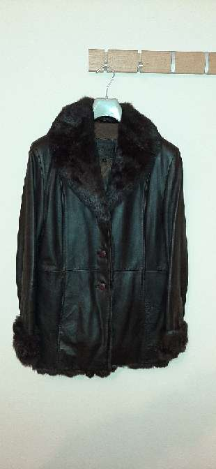 Imagen producto Lote de chaquetas y una falda 2