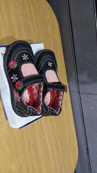 Imagen zapatos niña tarta de fresa
