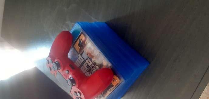 Imagen producto PS4 1TB + mando casi nuevo + 8 juegos 6