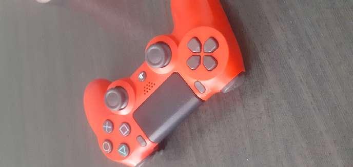 Imagen producto PS4 1TB + mando casi nuevo + 8 juegos 8