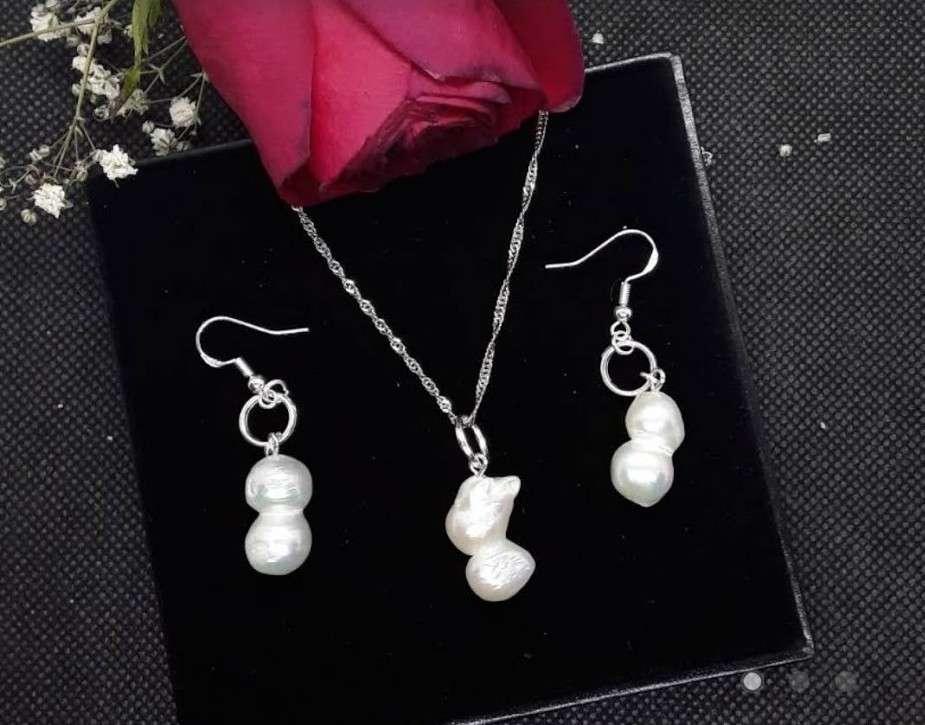 Imagen Conjunto de Plata y Perlas