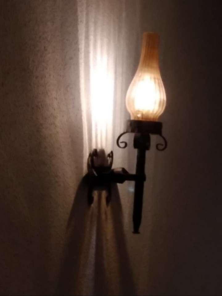 Imagen 2 lamparas de pared.