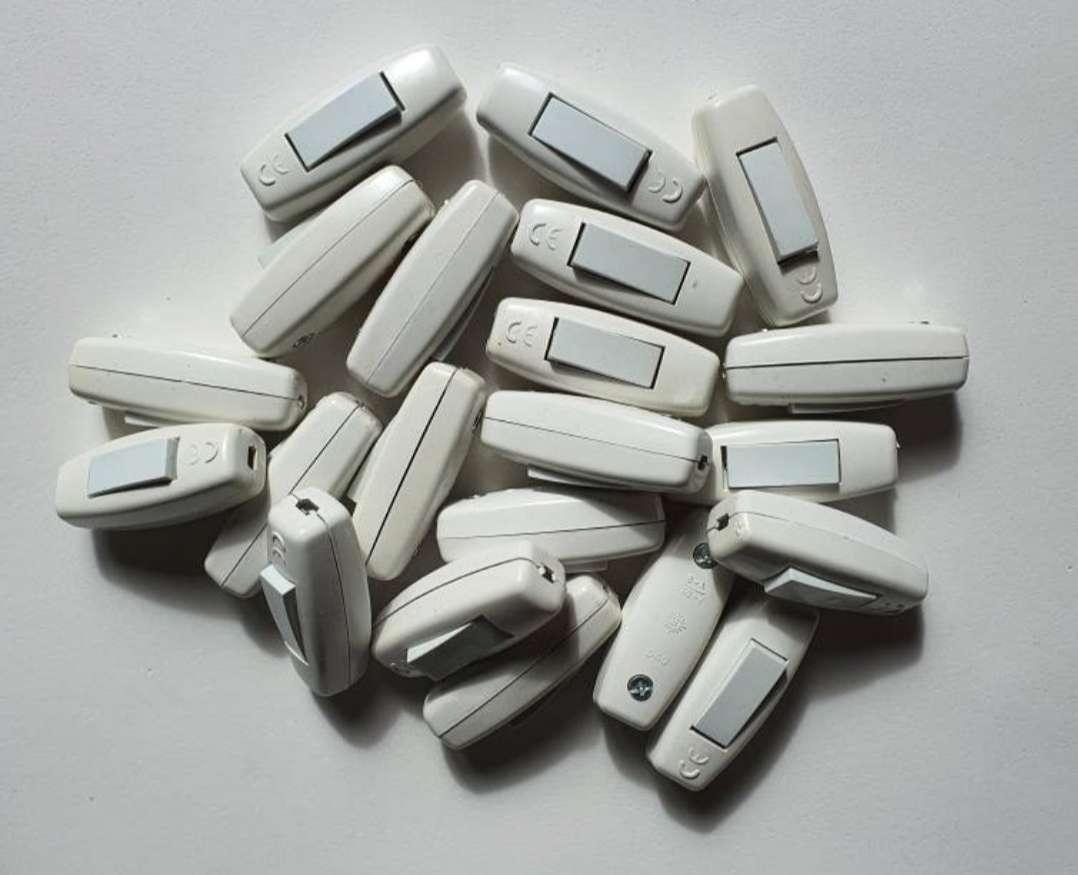 Imagen producto Lote De 21 Interruptores De Luz.  2