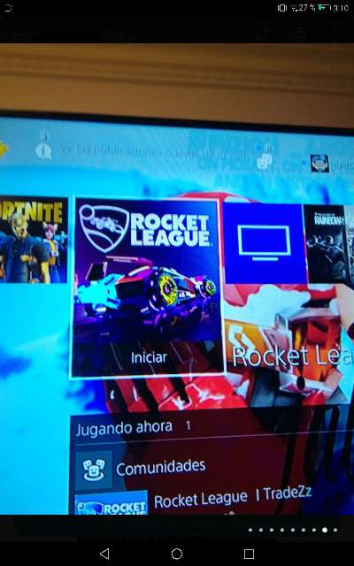 Imagen producto PS4 pro seminueva con mando, juegos y cables 3