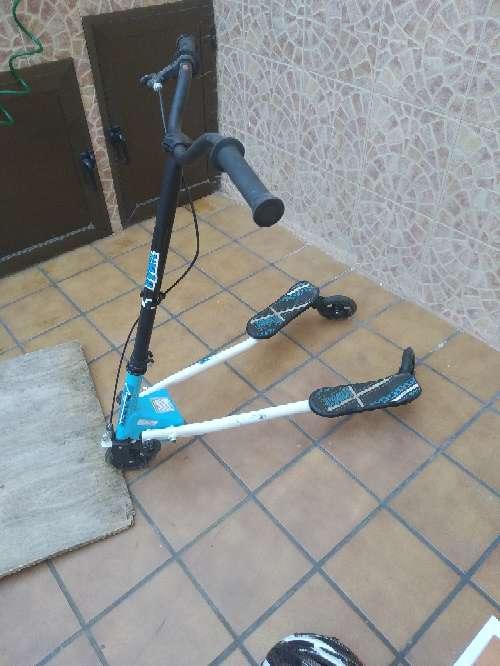 Imagen Patínete de tres ruedas