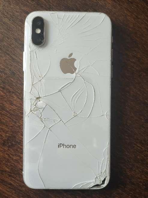Imagen vendo iPhone x con baypass