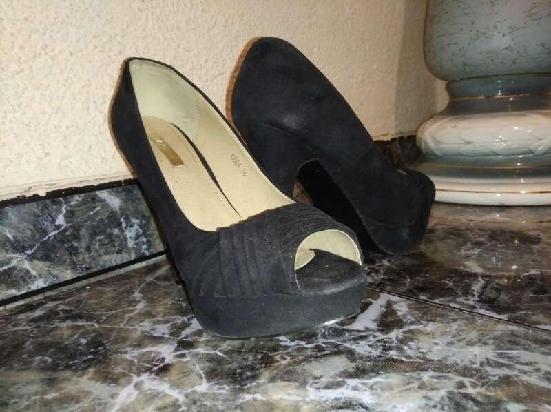 Imagen producto Zapatos de tacón negros 2
