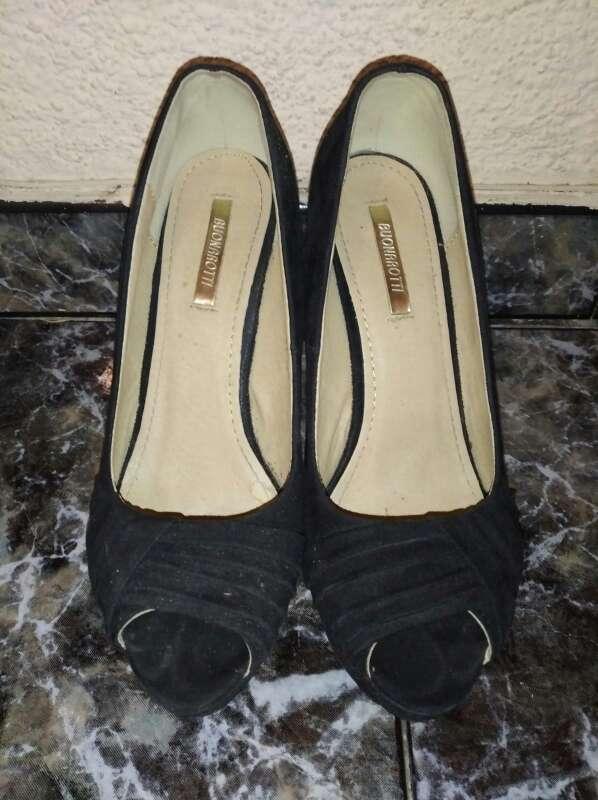 Imagen producto Zapatos de tacón negros 4