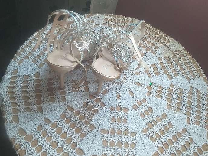 Imagen producto Se vende zapatos de tacón.  2