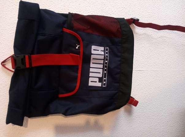 Imagen producto Mochila nueva REBOOK azul y rojo 1