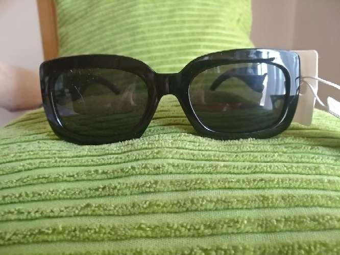 Imagen Gafas negras de sol unisex de H&M