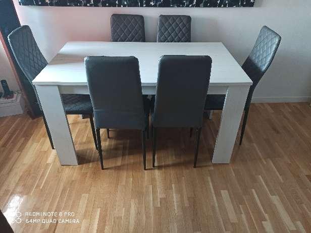 Imagen mesa más 6 sillas