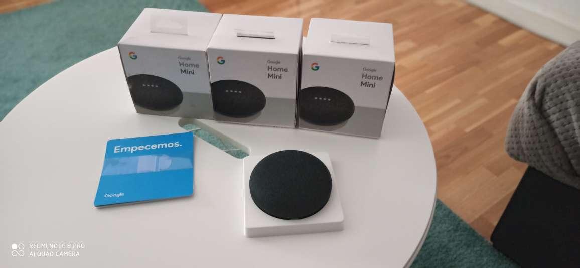 Imagen 3 altavoces Google home mini