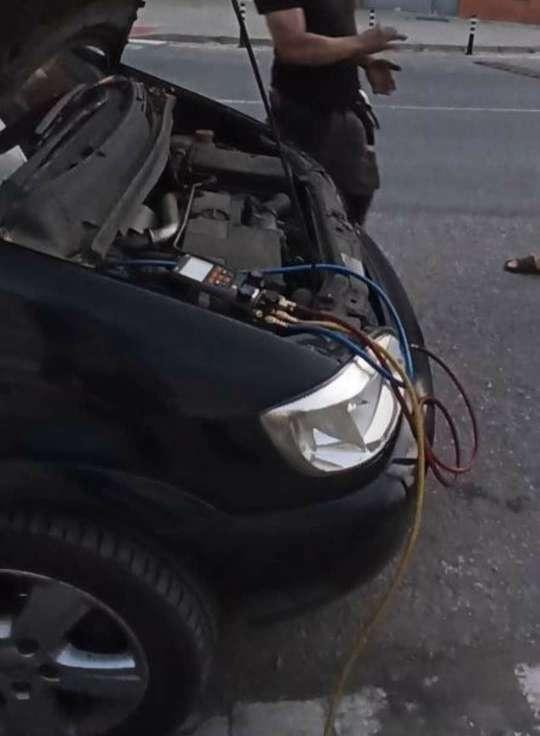 Imagen Carga de GAS para AC domésticos y coches
