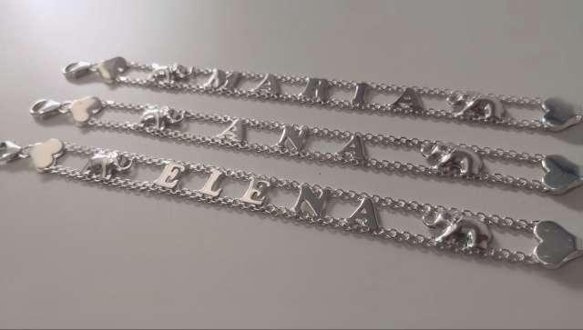 Imagen producto Pulseras de nombre de plata 1