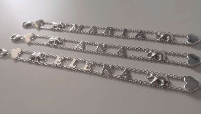 Imagen Pulseras de nombre de plata