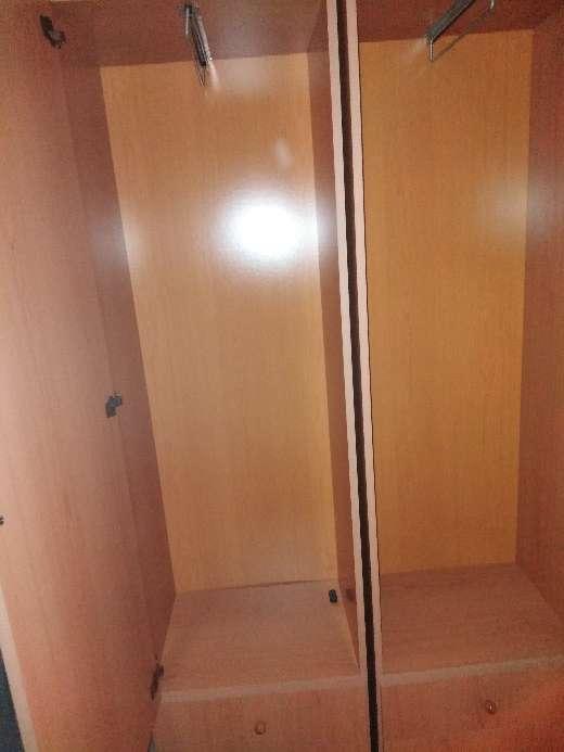 Imagen producto Un armario para poner ropa 5